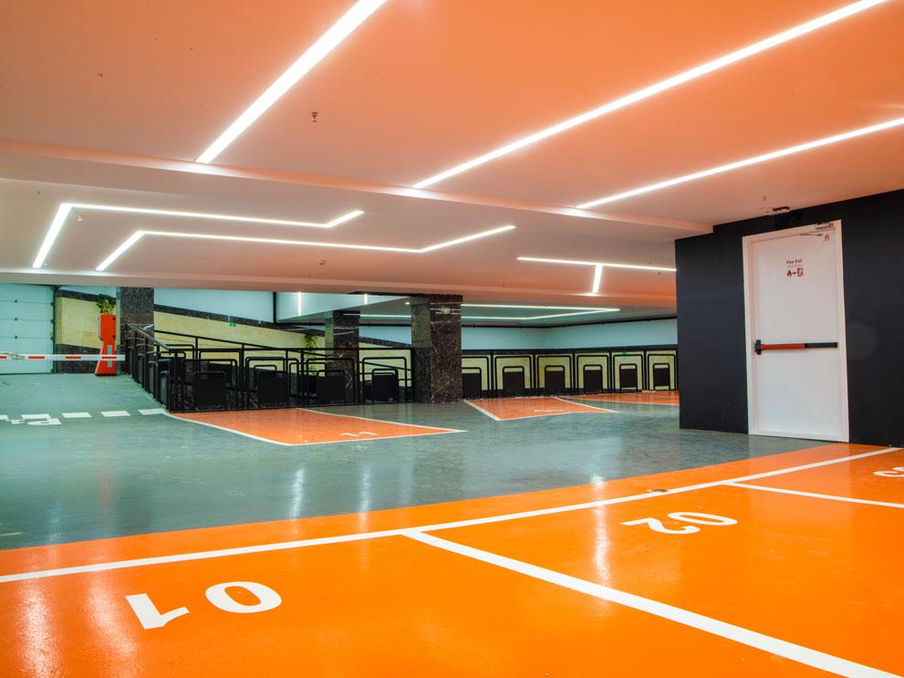 نور خطی ( چراغ خطی ) پارکینگ ساختمان اداری