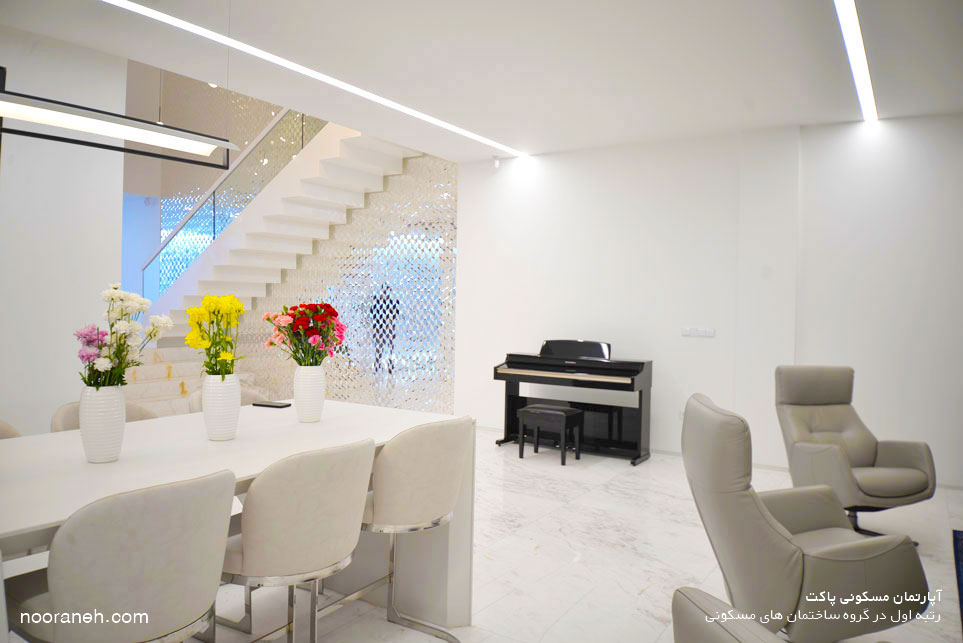آپارتمان مسکونی پاکت - رتبه اول مجله معمار در گروه ساختمان های مسکونی از طراحی تا اجرا نورانه چراغ خطی لاین